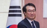 한국 – 프랑스, 핵 문제 고위급 대화 지연