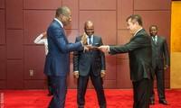 Đại sứ Việt Nam trình Thư ủy nhiệm lên Tổng thống Benin