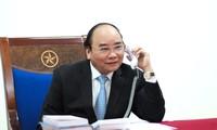 Thủ tướng Nguyễn Xuân Phúc chúc Tết lãnh đạo Lào và Campuchia nhân dịp Tết cổ truyền Bunpimay và  Chol Chnam Thmay