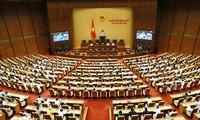 Quốc hội tiếp tục thảo luận kinh tế xã hội và ngân sách