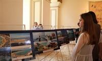 Khai mạc triển lãm ảnh thành tựu, đất nước và con người Việt Nam tại Ukraine