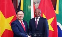 Phó Thủ tướng Vương Đình Huệ thăm làm việc Cộng hòa Nam Phi
