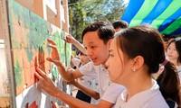 """Trao giải cuộc thi vẽ tranh """"Rừng ngập mặn bảo vệ cuộc sống, giảm thiểu tác động của biến đổi khí hậu"""""""