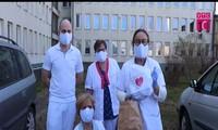 Người Việt tại Ba Lan hỗ trợ y, bác sĩ sở tại trong dịch Covid-19
