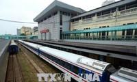 Đường sắt cho chạy lại đôi tàu hàng chuyển phát nhanh