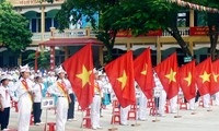Memperingati ultah ke-71 Hari Jadinya  Barisan Anak-Anak Pelopor Ho Chi Minh