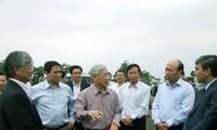 Sekjen KS PKV Nguyen Phu Trong melakukan kunjungan kerja di propinsi Quang Ninh