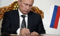 Rusia meratifikasi Perjanjian Pembentukan Persekutuan Ekonomi Asia-Eropa.