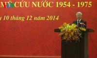 Sekjen KS PKV, Nguyen Phu Trong melakukan pertemuan dengan para pejuang revolusioner