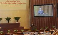 Ketua MN Vietnam ,  Nguyen Sinh Hung membimbing pekerjaan Kantor MN tahun 2013