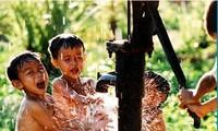"""Proyek """" Pengadaan air bersih dari sungai Mekong"""" di daerah daerah dataran rendah sungai Mekong"""