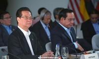 PM Vietnam, Nguyen Tan Dung menghadiri perbahasan mengenai penjagaan perdamaian, kemakmuran, keamanan