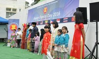 "Vietnam menghadiri ""Hari ASEAN 2016"" di Hongkong (Tiongkok)"