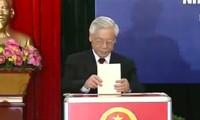 Para pemimpin Negara dan Pemerintah memberikan suara pada pemilu MN dan Dewan Rakyat