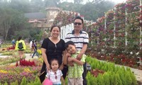 """Membangun keluarga Vietnam yang cukup sandang, cukup pangan,setara dan berbahagia""""."""