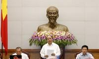 Pemerintah Vietnam membahas solusi sosial-ekonomi tahun 2017