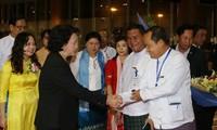 Mendorong hubungan yang  ekstensif dan intensif antara Vietnam dan India
