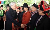 Генсек ЦК КПВ посетил провинцию Шонла с рабочим визитом