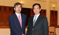 Премьер-министр СРВ принял президента Азиатского банка развития