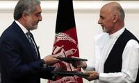 Кандидаты в президенты Афганистана подписали соглашение о разделении полномочий