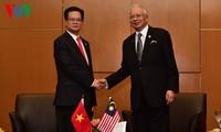 Нгуен Тан Зунг встретился с премьером Малайзии и президентом Филиппин