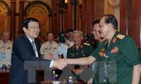 Президент Вьетнам принял делегацию бывших офицеров 324-й дивизии