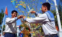 Президент СРВ направил новогодний подарок в адрес военных и жителей островов Чыонгша