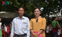 Вьетнамцы в Лаосе проявляют интерес к всеобщим выборам на Родине