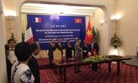 Вьетнамский институт высшей математики подписал договор о сотрудничестве с IRD