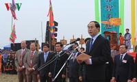 Президент Вьетнама принял участие в празднике начала обработки земли 2017
