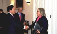 Вьетнам создаст американским предприятиям благоприятные условия для ведения бизнеса