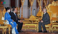 Вьетнам и Камбоджа продолжат укреплять и развивать двусторонние отношения