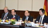 Премьер Вьетнама провел диалог с ведущими инвесторами ФРГ