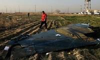 На борт разбившегося в Иране самолёта не сели два пассажира