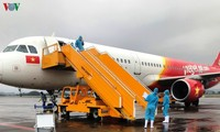 Куангнинь и Кантхо встретили пассажиров из Республики Корея