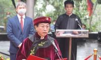 В День поминовения королей Хунгов все жители страны укрепляют национальный дух борьбы с Covid-19