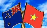 Поздравительные телеграммы в честь 45-летия установления дипотношений между Вьетнамом и Новой Зеландией