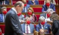 Франция выделит дополнительно €100 млрд для восстановления экономики