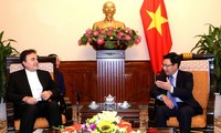 Pham Binh Minh reçoit l'ambassadeur iranien