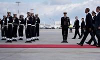 Obama commence sa tournée d'adieu en Grèce