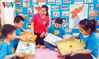 Phan Thị Hoa Lê, lauréate du concours de création de matériels didactiques
