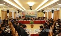 Activités en marge du CLV du Premier ministre Nguyen Xuan Phuc