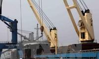 WEF : le Vietnam gagne 14 places en termes de promotion du commerce transfrontalier