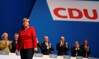 Allemagne: la CDU réélit Angela Merkel