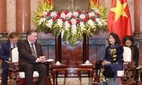 Le gouverneur de Koursk (Russie) en visite au Vietnam