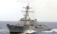 Détroit d'Ormuz: un destroyer US tire contre des vedettes iraniennes