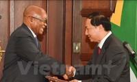 L'ambassadeur du Vietnam en Afrique du Sud remet ses lettres de créance