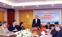 Nguyen Thien Nhan travaille avec l'Association des anciens combattants