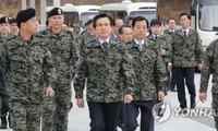 Hwang Kyo-ahn appelle à la vigilance à l'approche des anniversaires en RPD de Corée