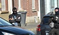 Un homme arrêté lors d'une vaste opération antiterroriste entre la France et la Belgique
